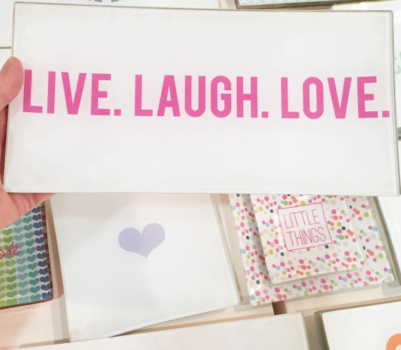 EJ Live,Laugh, Love _Square heart plate PM